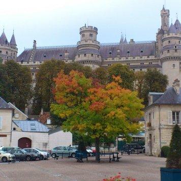 Het eind 14e eeuws kasteel in Pierrefonds (gerestaureerd in 1857)