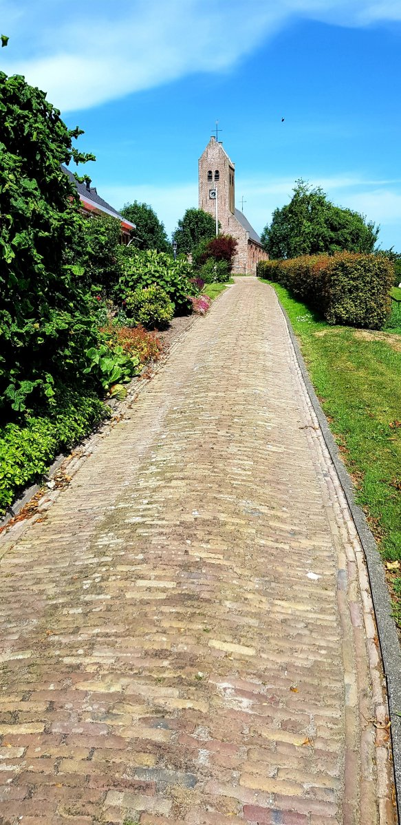 Langs de Friese vaarten van zuid naar noord Dag 3 Haskerhorne - Holwerd 108 km